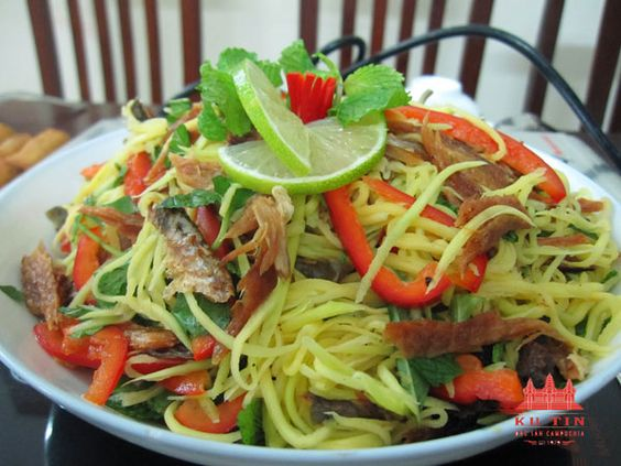 Món ăn được cho là món tinh túy nhất của thiên nhiên bạn tặng cho người dân Campuchia những vị nguyên bản nhất của đất trời.