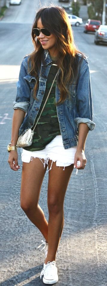 Camo + denim. Outfit idea. White shorts, camouflage shirt, denim jacket, converse classic shoes: