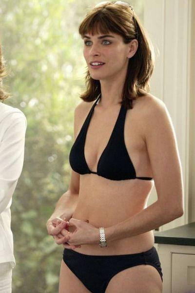 amanda peet bikini - Google Search