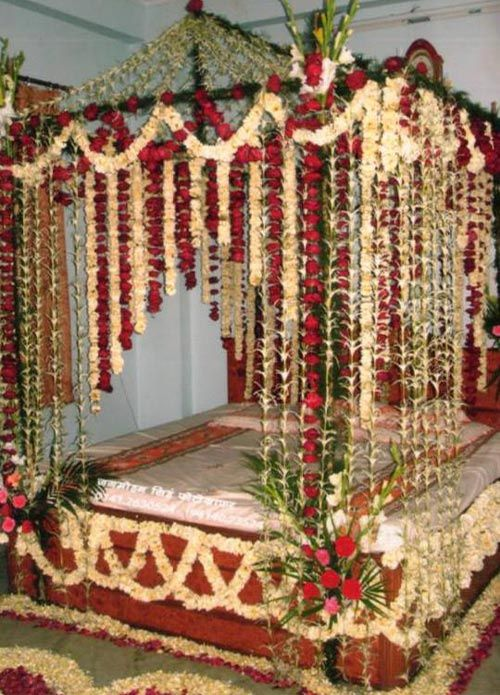 We Have Selected Some Of The Best Wedding Room Decoration Ideas In Pakistan 2016 For Flower Room Decor Wedding Room Decorations Wedding Night Room Decorations