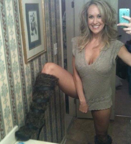 Bridgit mendler naked fakes pics
