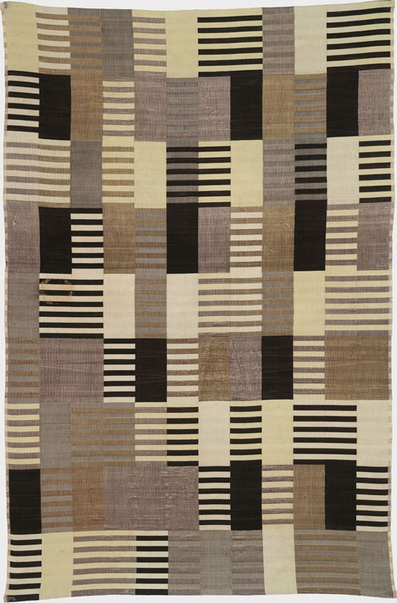 """Anni Albers, Wall hanging. 1926, Silk (three-ply weave). 70-3/8 x 46-3/8"""", Harvard Art Museum, Busch-Reisinger Museum. Association Fund, Photo: Katya Kallsen © President and Fellows of Harvard College, © 2009 The Josef and Anni Albers Foundation / Artists Rights Society (ARS), New York."""