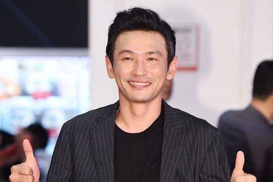 Hwang Jung Min's Agency Shares Update On His Health After He Is Taken To Emergency Room