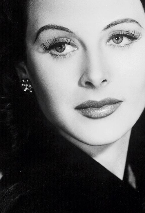Hedy Lamarr in Come Live with Me (1941):