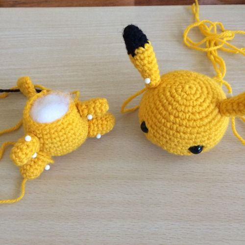 Amigurumi Free Patterns Bunny : Pikachu, Patterns and Crochet patterns on Pinterest