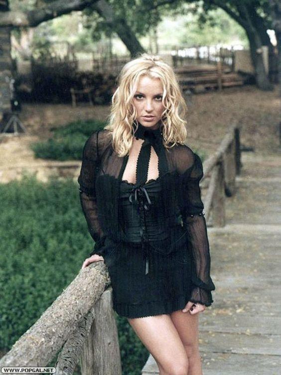 People Magazine's 50 Most Beautiful People photoshoot (2003). :)
