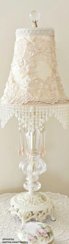 Stunning Shabby Chic Decorative Lamp