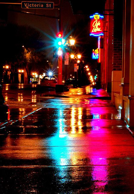 Rainy Morning, Grand and Victoria, St Paul by y entonces, via Flickr