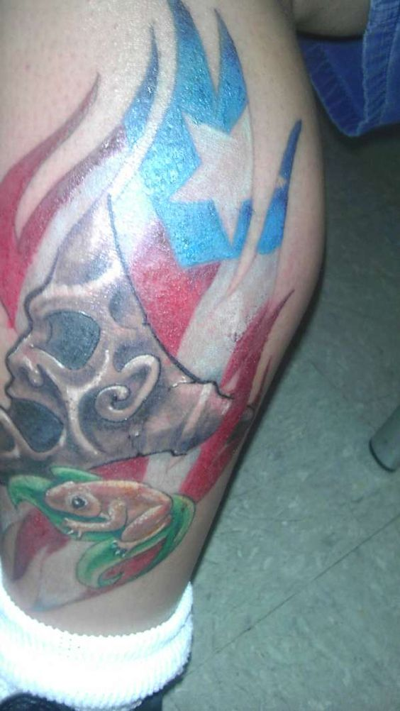 Puerto rican flag flags and tattoos and body art on pinterest for Puerto rican tattoo