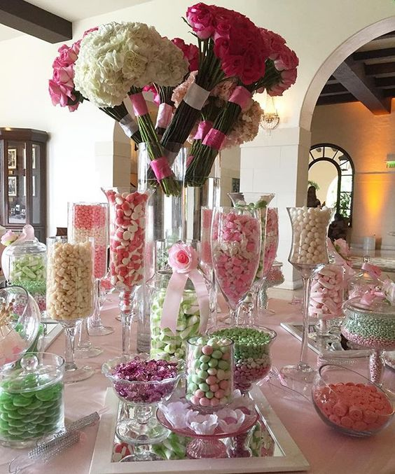 Today's #pink and #green #BatMitzvah @therivieracountryclub! #candy #chocolate #candytable #LosAngeles #CandybarCouture