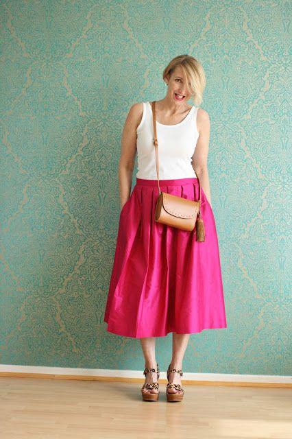 Hochsommerliches Outfit mit pinken Rock
