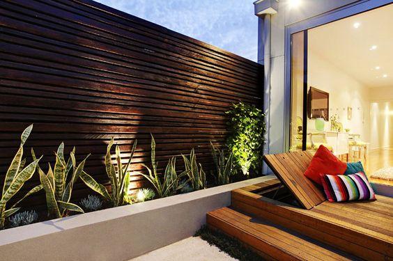 Contemporary Backyard Design by Signature-landscapes   http://www.designrulz.com/design/2014/06/contemporary-backyard-design-signature-landscapes/