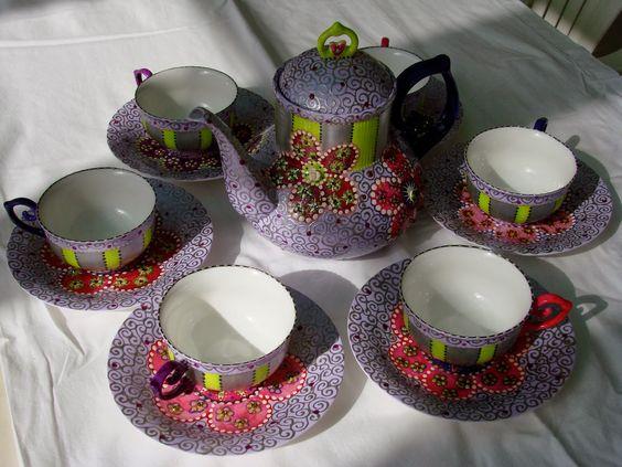 Coloridos Jogos de Chá