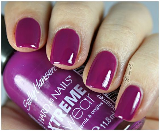 Glamorable!: Sally Hansen XTreme Wear Pep-Plum Swatches, Review:
