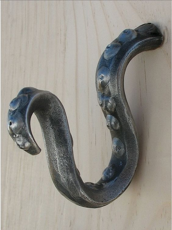 Tentacle hook 65 home decor pinterest hooks - Octopus towel hooks ...