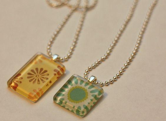 Glass Pendant Necklace: