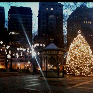 Philadelphia, PA at Christmas w/@Chelsie Bencsik Varga and the rest of the Bencsiks