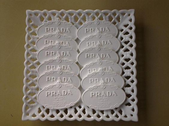 Pastillas de Ceramica para Perfumar fabricadas para ANTONIO PUIG de la firma PRADA
