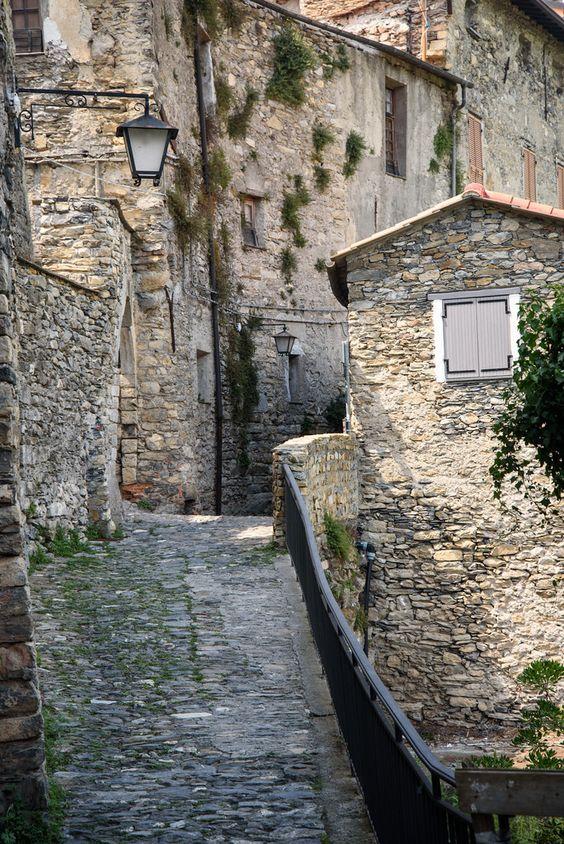 Triora, Liguria, Italy by bautisterias