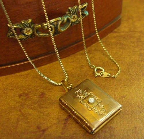 """Vintage Photo Locket Gold Tone Book Charm Pendant Necklace 23""""    http://stores.ebay.com/the-rolling-wave"""