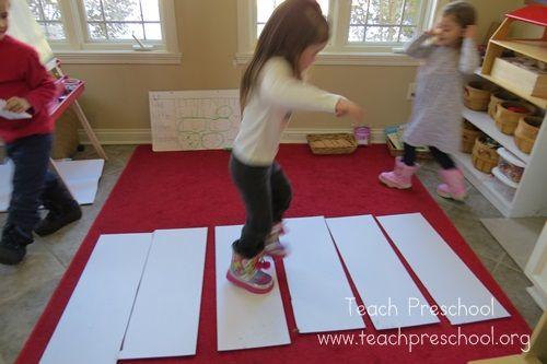 The step ladder game by Teach Preschool