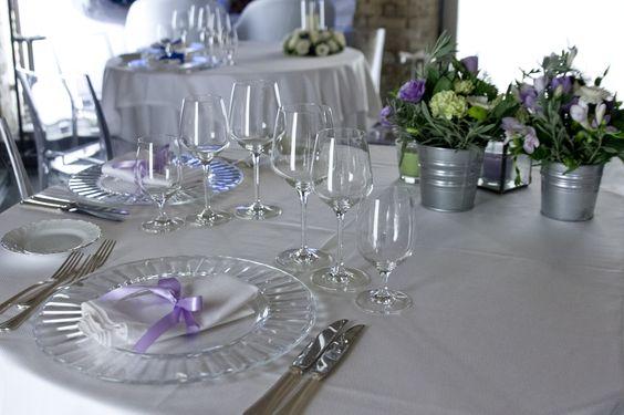 Allestimento tavolo Cascina Farisengo Allestimento by Cosetta Cerri e catering/ristorazione Saten