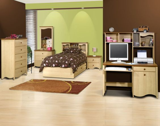 How to Choose a Perfect Color for Bedroom: Easy On The Eye And Perfect Paint Colors For Bedroom Design Decoration With Pretty Nx Renaissance Pc On Desk Also Clothes Drawer Along With Spacious Wooden Flooring Interior Inspirations ~ workdon.com Bedroom Design Inspiration