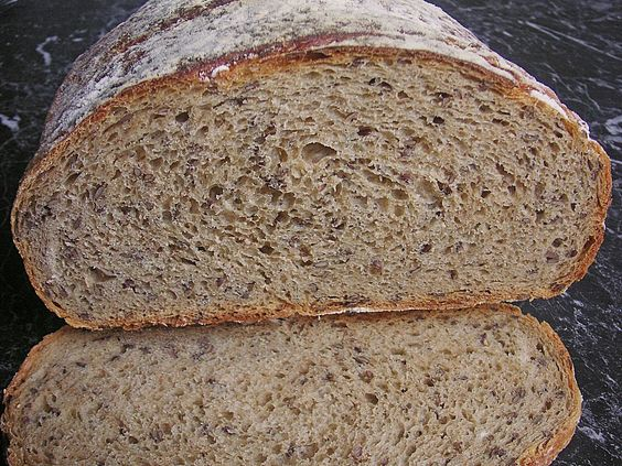 Dinkelkrustenbrot im Schmortopf gebacken, ein sehr leckeres Rezept aus der Kategorie Brot und Brötchen. Bewertungen: 6. Durchschnitt: Ø 3,6.