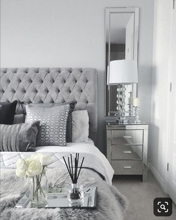 Grey And White Bedroom Ideas Create Rooms Of High Class Decoholic In 2020 Mirrored Bedroom Furniture Bedroom Interior Silver Bedroom