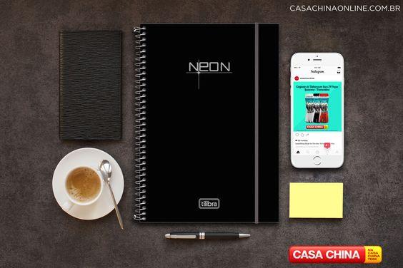 Organize suas tarefas diárias, faça suas anotações, exercícios para o trabalho, escola ou faculdade com o Caderno Universitário Neon de 10 matérias da Tilibra.