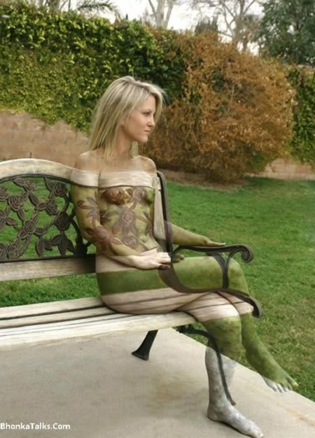 10 Most Amazing 3d Body Paintings (3d painting, body painting art) - ODDEE; Camouflage Body Art: