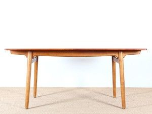 Table de repas scandinave extensible 6/10 personnes Modèle AT,310. Designer