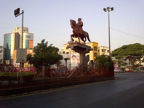 Shivaji Putala in front of Thorat Udyan at Kothrud, Pune - 3