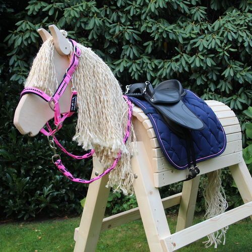 Holzpferd Zubehor Komplett Set Lilly Jetzt Im Shop Holzpferd Pferd Holzpferd Selber Bauen