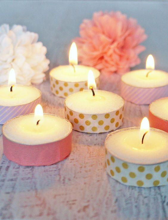 Idée créative, des bougies chauffe-plats à customiser avec du tape.: