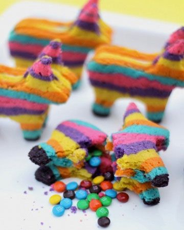 Pinata cookies! surprise! Link has written tutorial, pics, & video.  Birthday / Party / ideas: