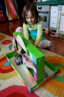 Pink and Green Mama: * ReCycle Craft: Cardboard Box Puppet Theatre
