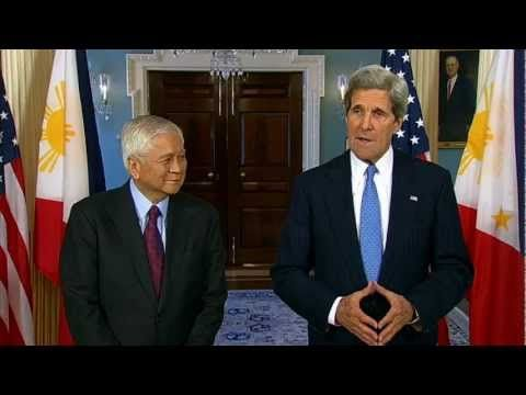 U.S. Secretary of State John Kerry delivers remarks with Philippine Foreign Secretary Albert Del Rosario at the U.S. Department of State in Washington, D.C. on April 2, 2013. A text transcript can be found at http://www.state.gov/secretary/remarks/2013/04/206821.htm.