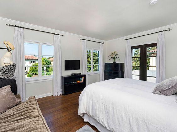 Hollywood villa rental
