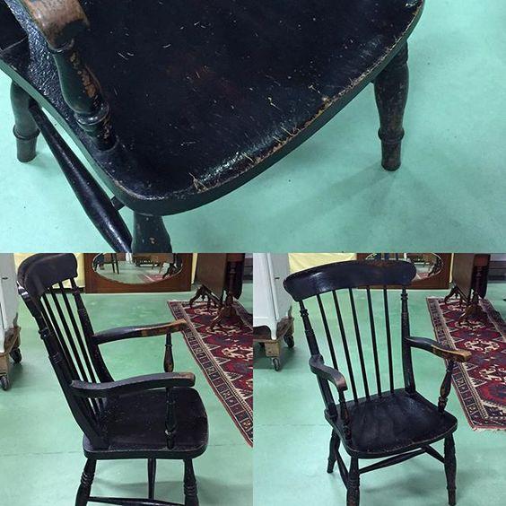 English rustic arm chair 1900's #auvieuxchaudron#antiques#antiquites#vintage#galery#deco#homedecoration#decoration#frenchart#vintagehome#labrocante#curiosities#interiör#decoração#europeantiques#chic#oldfurniture#art#artantiques#art#instahome#chic#antiquedealersofinstagram#antiquestore#brocantestyle#frenchantiques#antiguidades#wood#paimpol