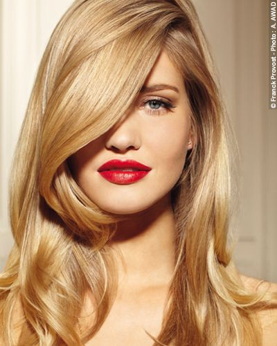 Le Balayage 2 Ors technique exclusive Franck Provost sublime les cheveux blonds ou châtains clairs.