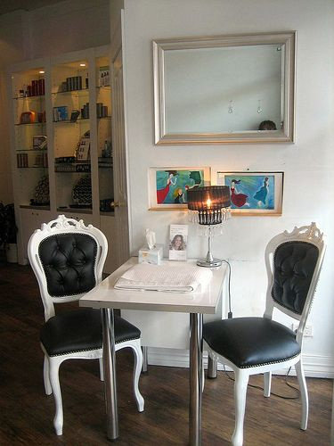 http://weheartnails.com/manicure-tables/