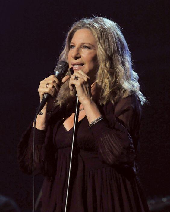 Streisand Barbara Photo Barbra Streisand 6226733jpg   Short Hairstyle ...