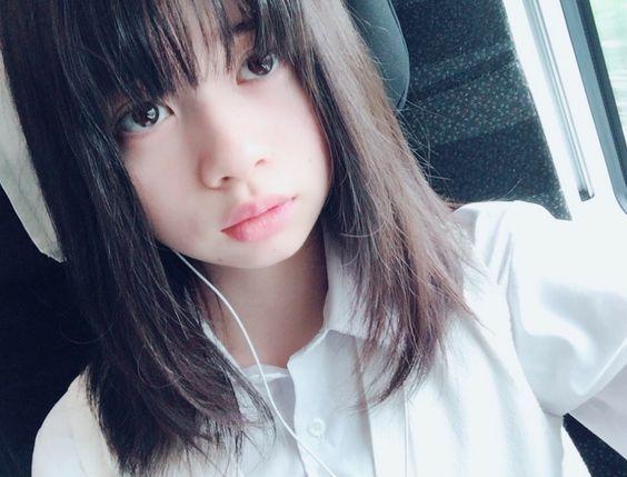 桜田ひよりのイヤホン