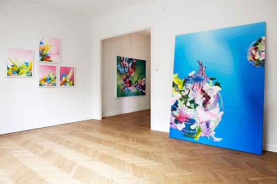 vardagsrum tavlor gärdet mäklare stockholm young art | 2012 Spring ...