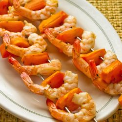 These Garlic and Rosemary Roasted Shrimp Skewers were great with the Fuyu persimmons, but other fruits or veggies could be used.