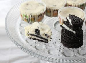 Two-Bite Mini Oreo Cheesecakes