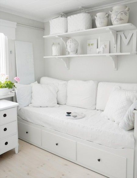 Bed frame: #ikea HEMNES day-bed (and many other HEMNES combinations)