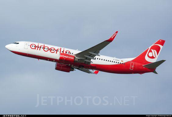 Photo of D-ABKN Boeing 737-86J by Medolago Manuel