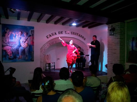 Casa de la Guitarra is not only a Spanish guitar Museum, but also the perfect place to enjoy flamenco shows any day of the week